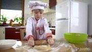 Little Cook Making Cookies showreel (7)