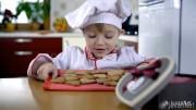 Little Cook Making Cookies showreel (8)