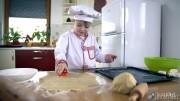 Little Cook Making Cookies showreel (9)
