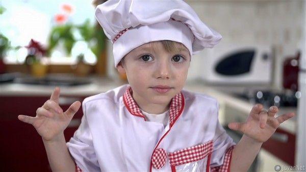 Little cook preparing cookies JuvanNet