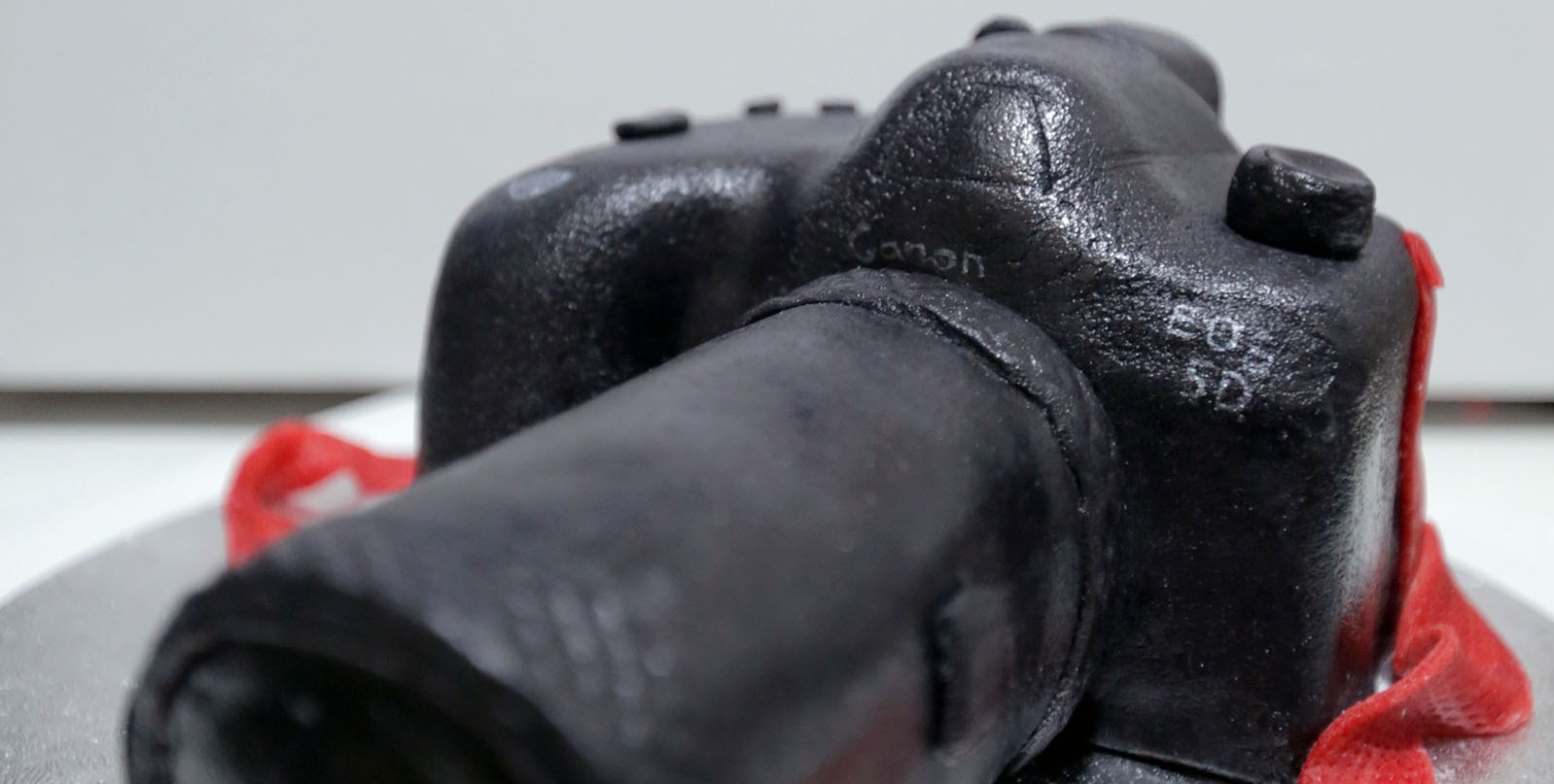 Turn your Canon 5D Mark III in to a professional video camera